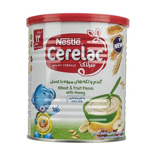 سرلاک گندم و تکه های میوه با عسل به همراه شیر